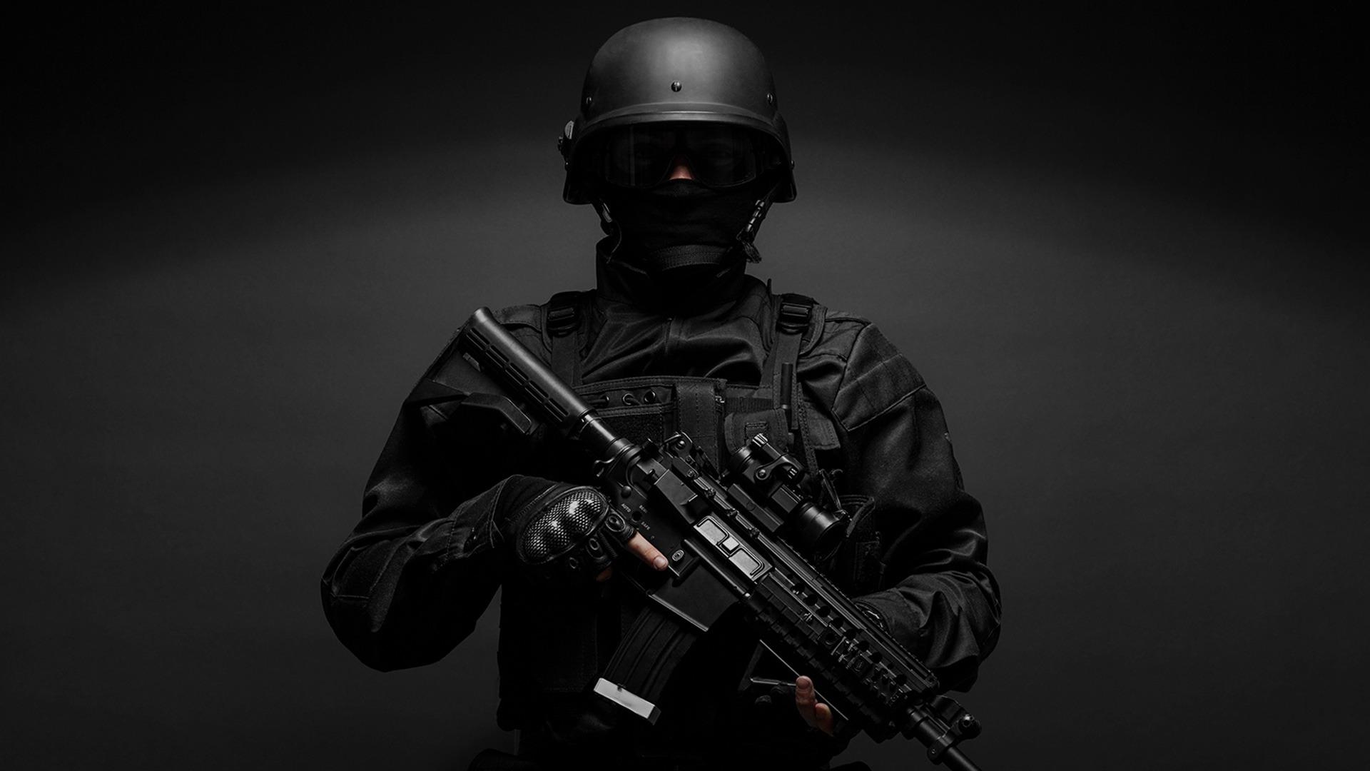 Breaching Swat Police Military Equipment
